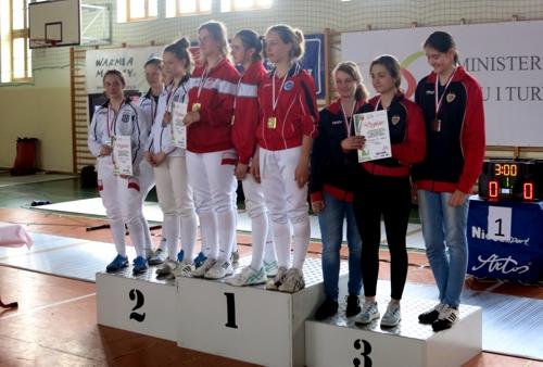 OOM-2016-druzyna-podium