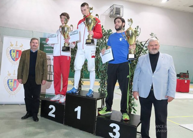 bartosz-staszulonek-podium